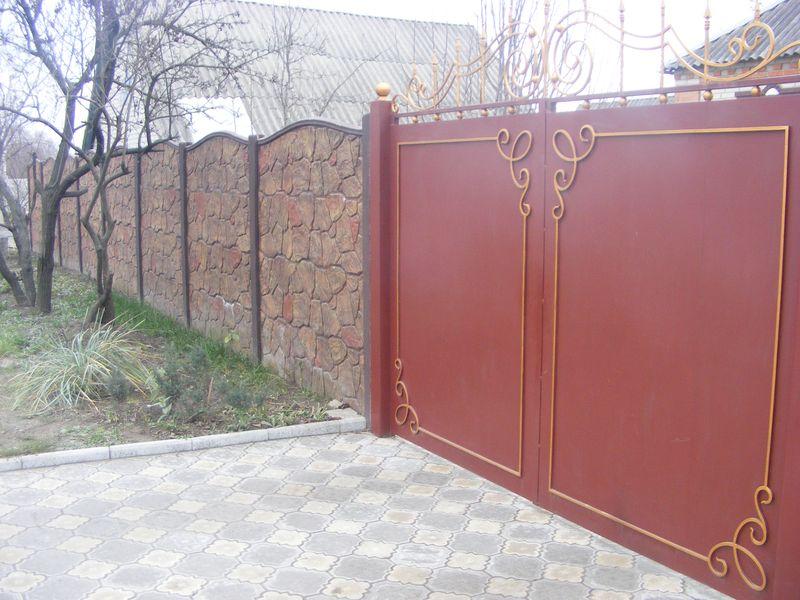 двери ворота металлические уличные